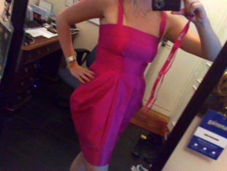 Jag hade på mig min Matthew Williamson för H&M-klänning igår kväll.