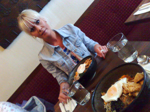 Lunchträff med Beatrice på Arirang.