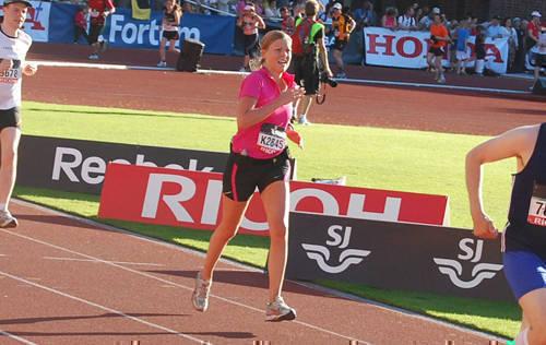 På upploppet på Stockholm marathon 2009.