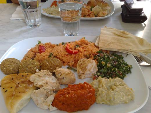 God lunch på Babel Deli.