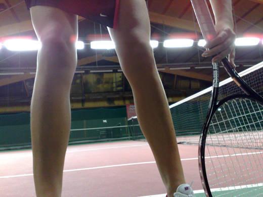 På tennisbanan.