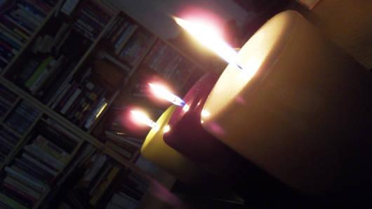 Nu tänder jag ljus hemma nästan varje kväll. Höstens bästa knep.