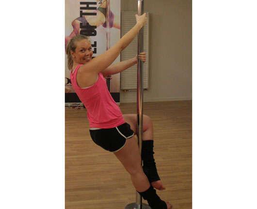 Cissi testar poledance.