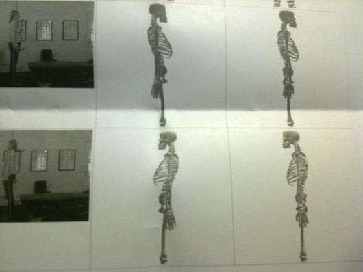 Jag är skelettet i mitten, ideala kroppen är till höger.