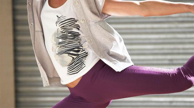 Snygga kläder från adidas by Stella McCartney.