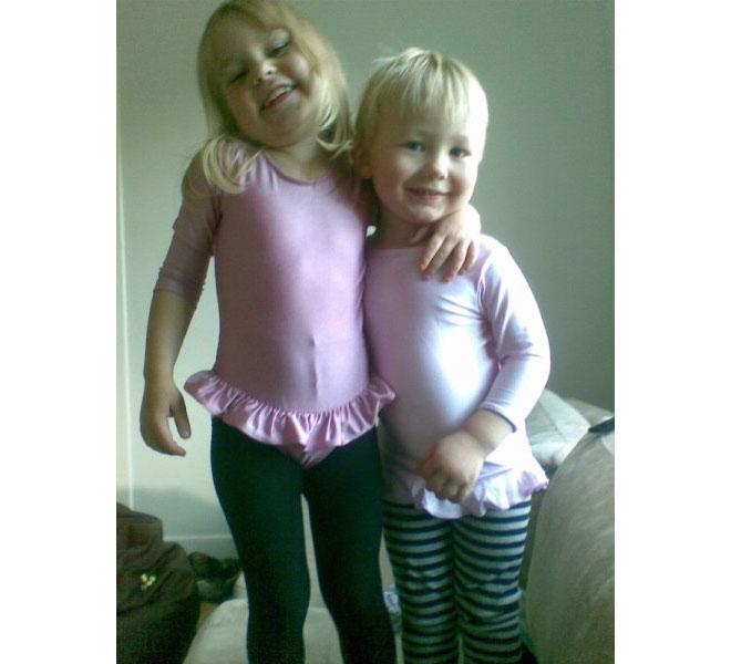 Mathilda Erikssons barn Ina och Alfons.