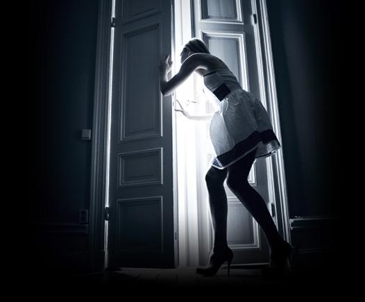 Snart öppnas hela dörren.