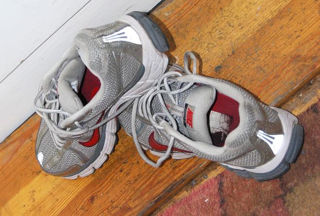 Mina kära skor har nu kastats ...