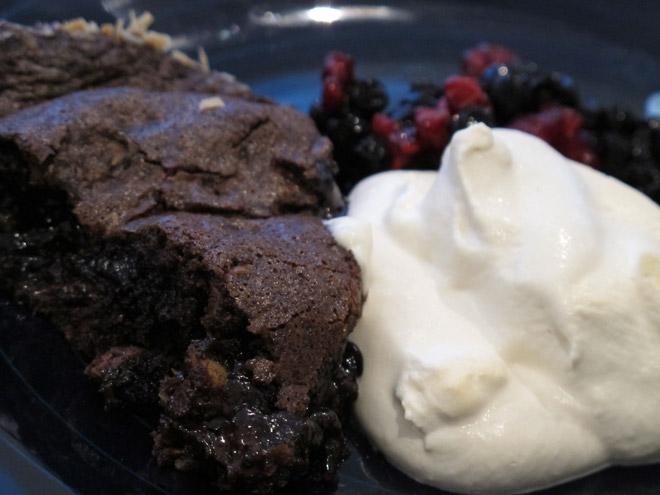 Supersmarrig kladdkaka - recept kommer i bloggen till helgen.