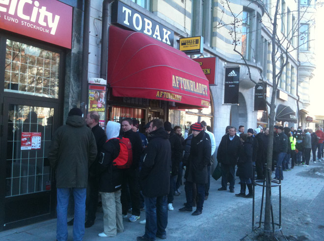Det var många som ville kolla in nya butiken och ta del av sortimentet.