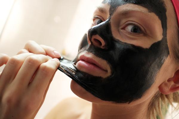 Ansiktsmask med lera