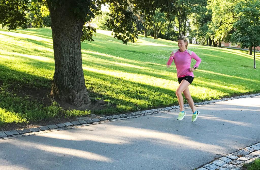 Regelbunden träning kan minska risken för depression bland barn och unga.
