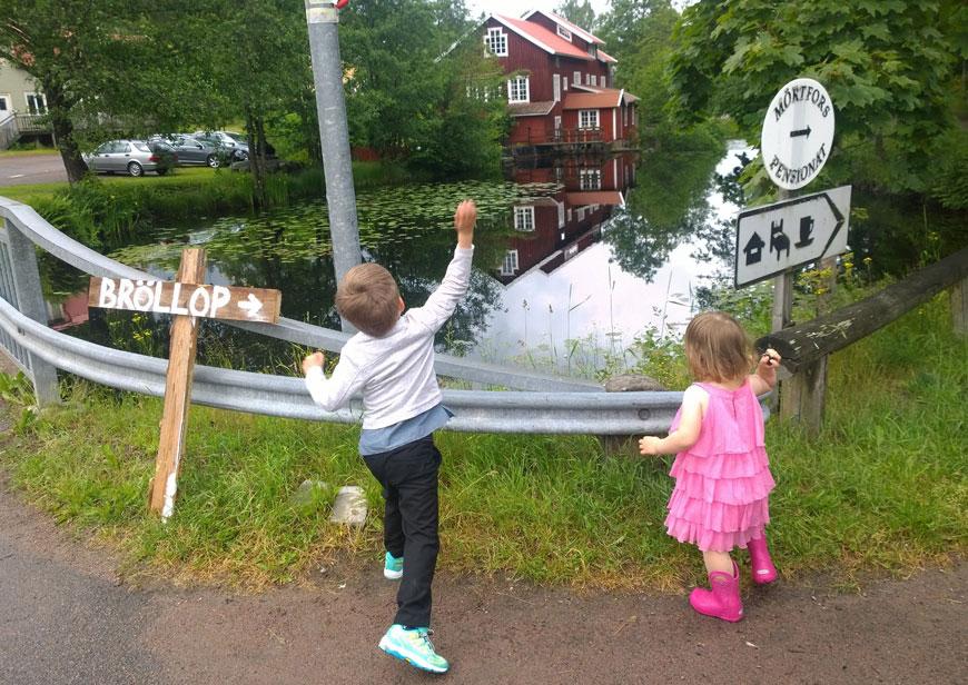 Bröllop i Småland, Mörtfors pensionat