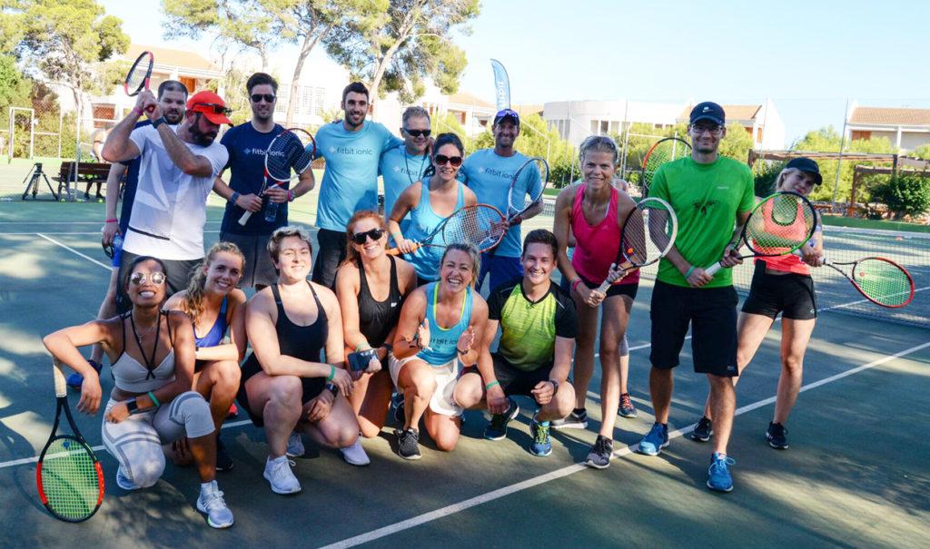 Tennisgänget efter veckans första cardio tennis.
