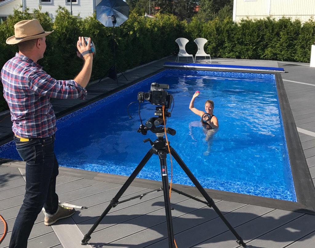 Lekfull träning tillsammans med fotografen.