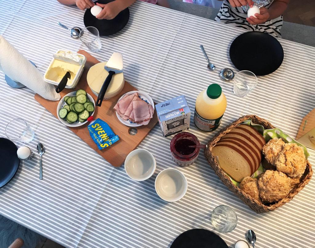 Mysigt med frukost och bra för att orka resten av dagens aktiviteter.