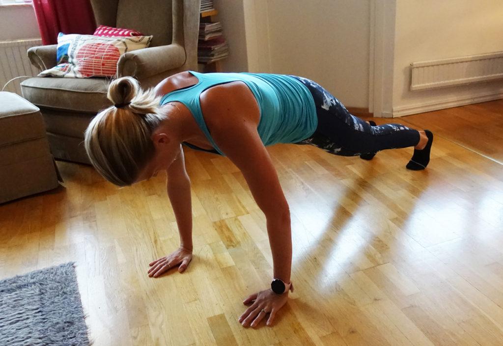 Magövning med glid - enkel att göra men tuff träning.