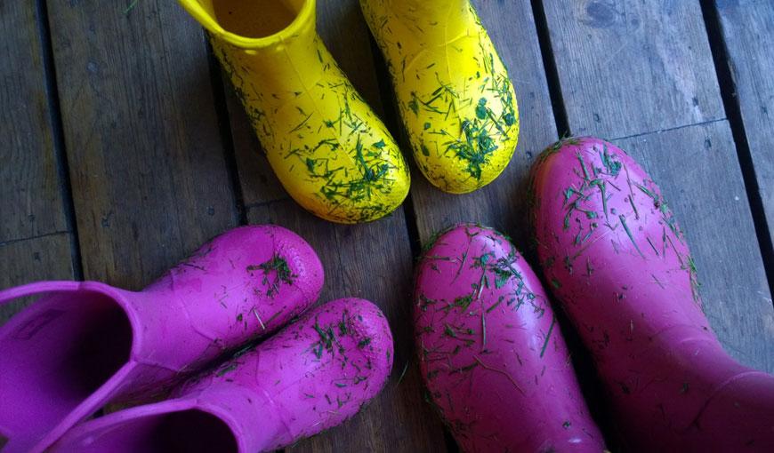 Crocs färgglada stövlar