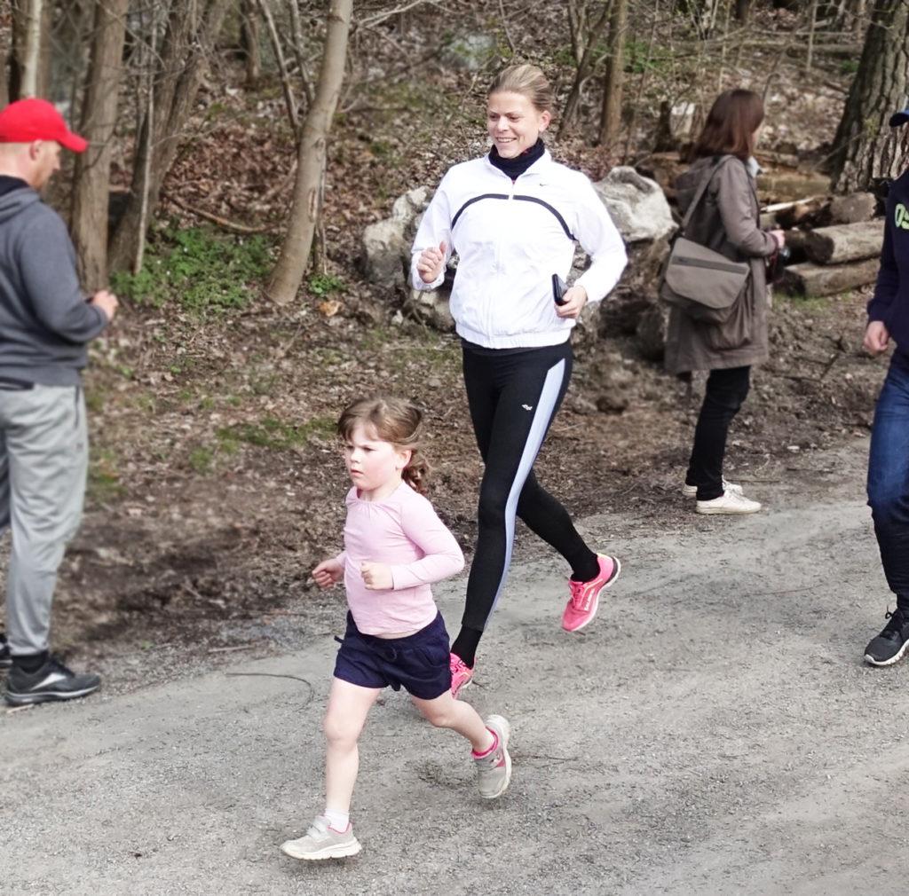 Jag sprang tillsammans med Tilde under Solhemsvarvet och lät henne bestämma tempo.