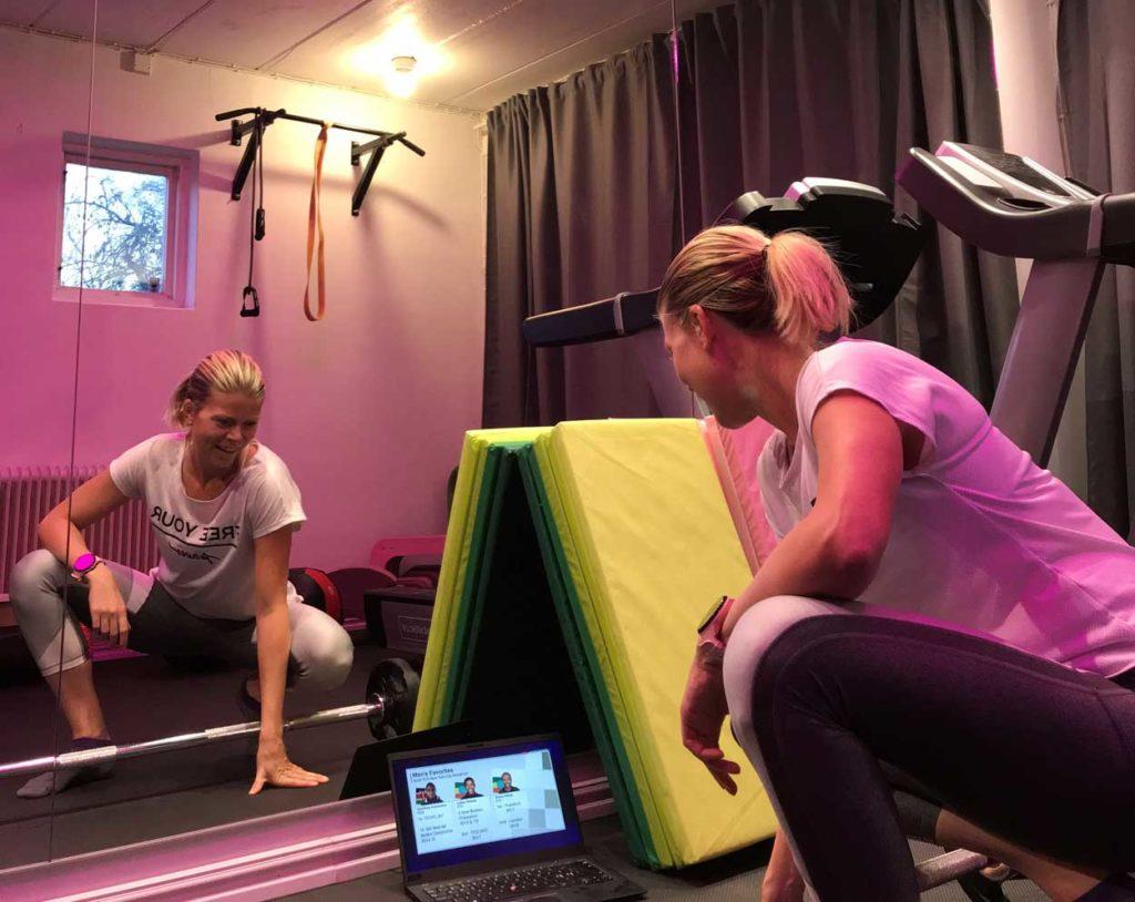 Styrka i hemmagymmet samt New York Marathon på datorn.