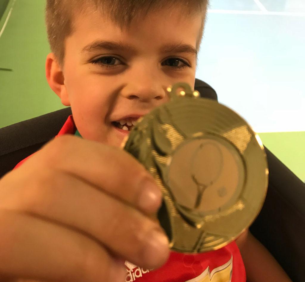 Alla barn fick medalj.