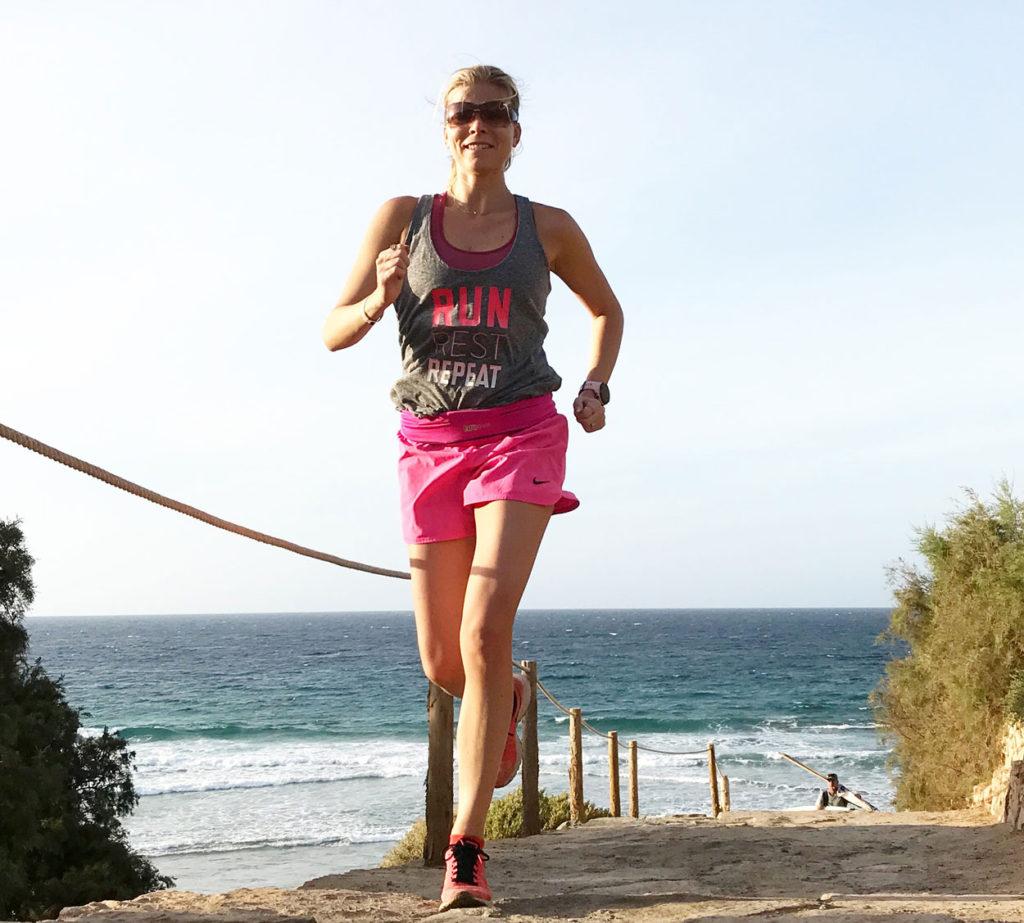 Att starta dagen med lugn löpning är en favorit på semestern för mig.