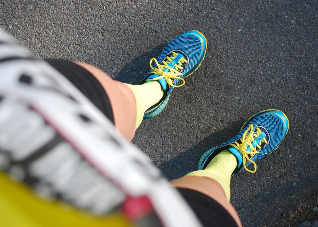 Ben och fötter redo för Mini 10K i New York.
