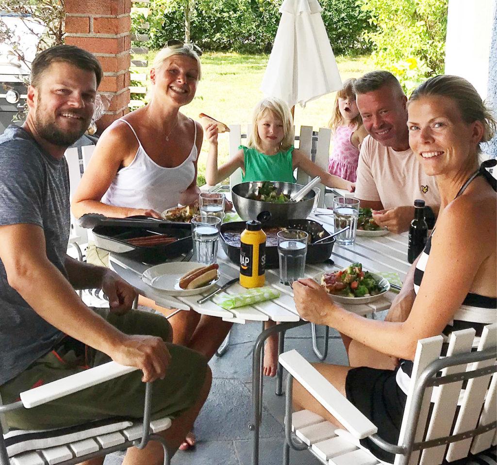 Sommarlunch med härliga gäster.