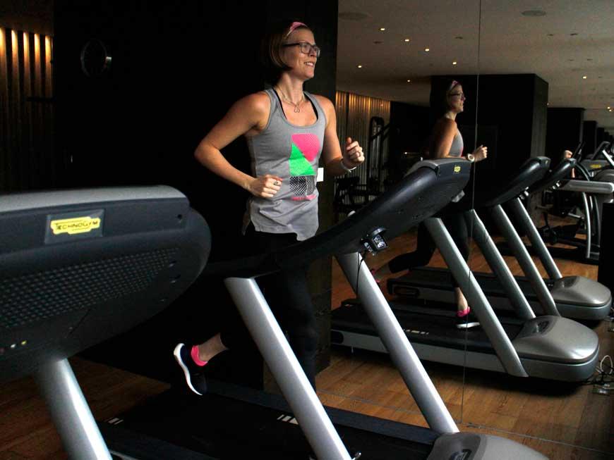 Träna på semestern, träna i hotellgym